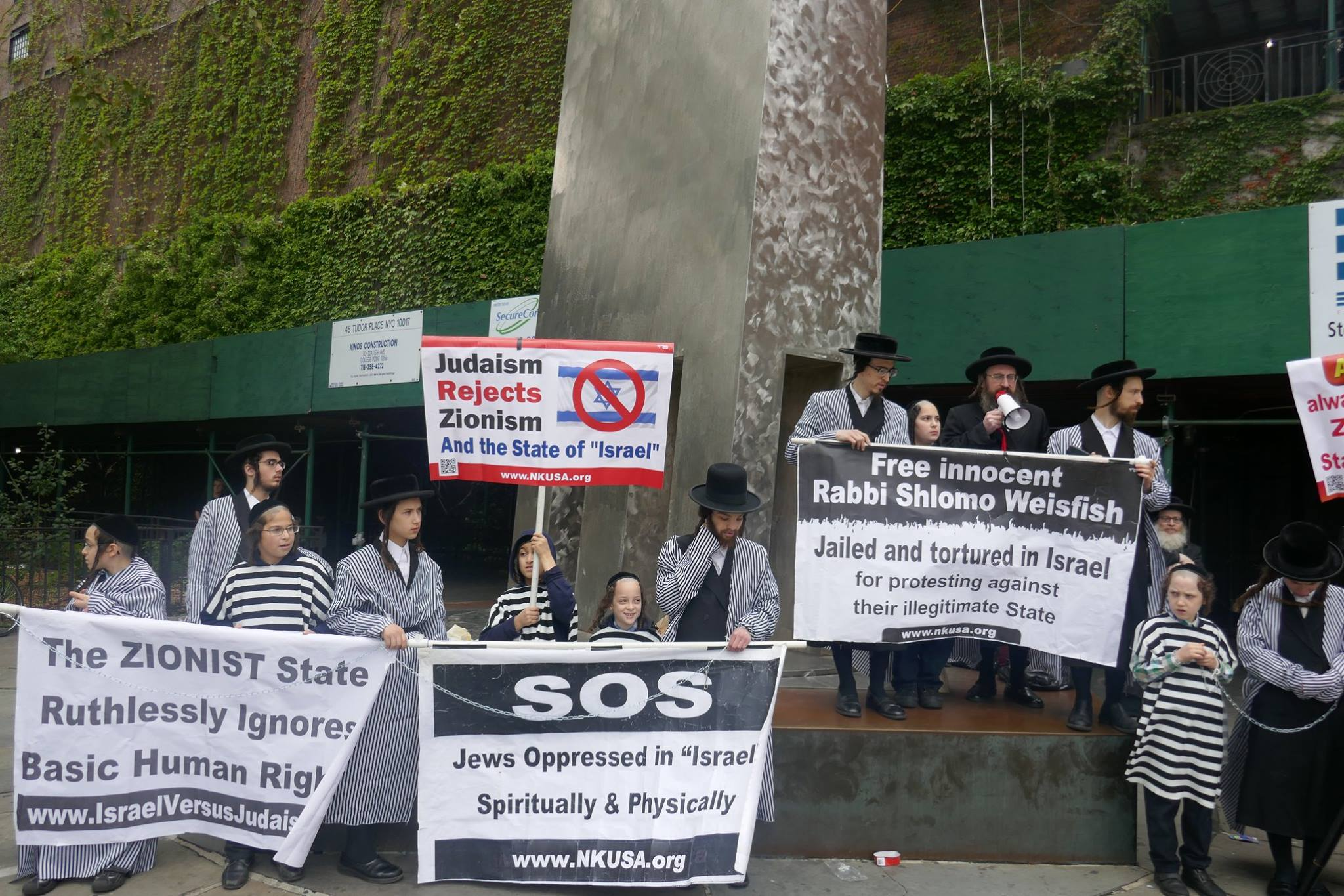 Anti-Zionist Orthodox Jews plead with the UN for protection